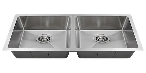 18 Gauge Stainless Steel Undermount Sink With A ¾ Radius Design For A  Modern Touch. Measures 31 ¼ U201cx 9u201d, To Be Used With A 33u0027u0027 Sink Base Cabinet.